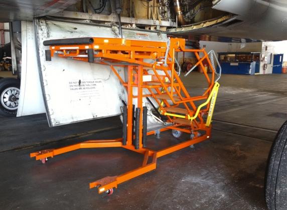 Wheel Well Height Adjustable Stand #50108