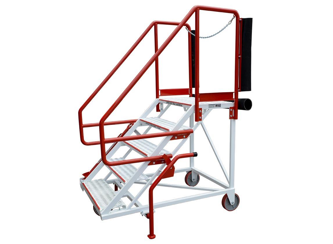 20216 Forward Cargo Deck Access Stand